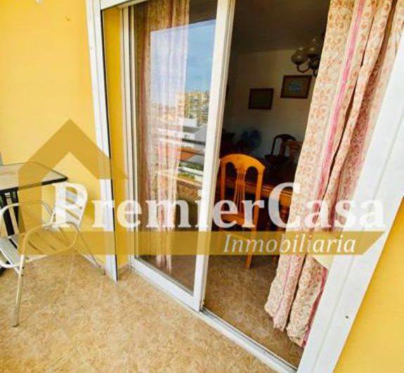 Piso en venta en Torre del Mar de 4 habitaciones